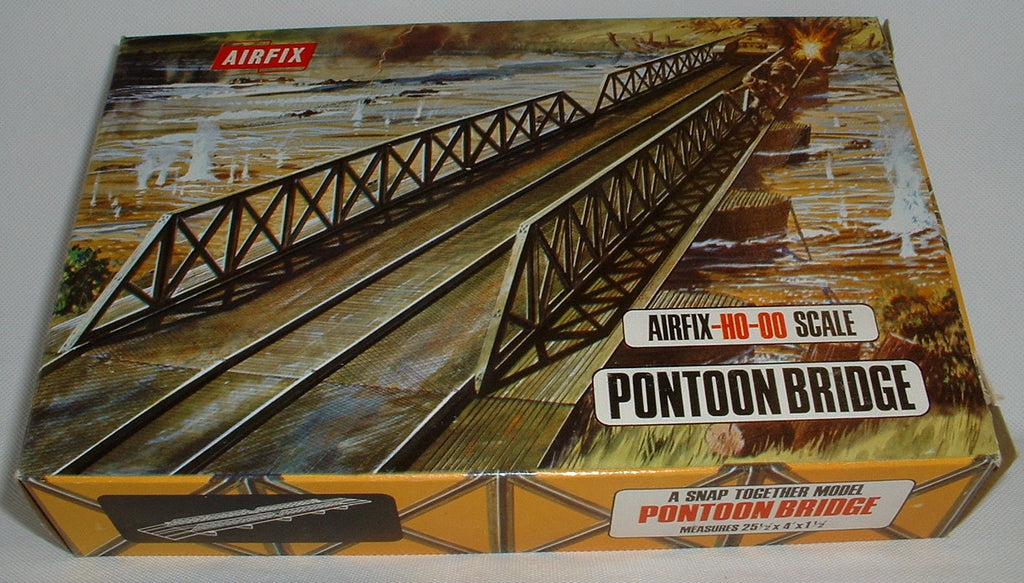 AIRFIX PONTOON BRIDGE. WW2. H0-00 Scale. 1970's vintage (B)