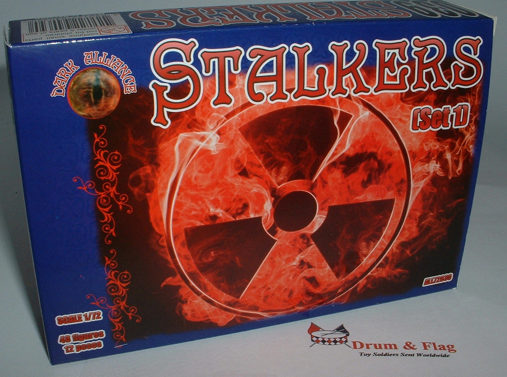 DARK ALLIANCE 72039 STALKERS SET #1 - 1/72 SCALE.