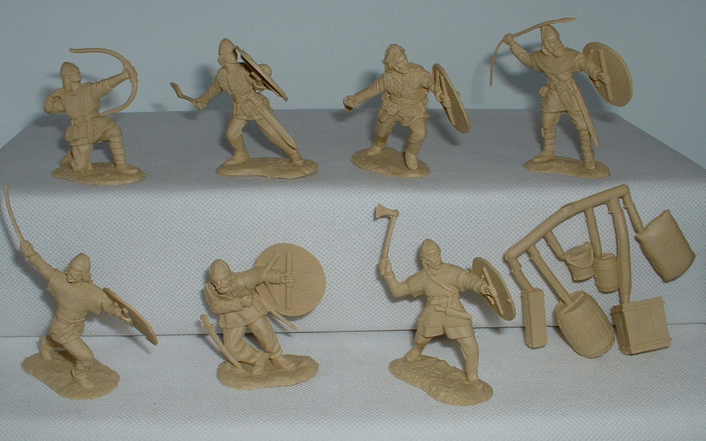 Conte Vikings Set #2 x 7 figures & Accessories. 1/32 scale (Used)