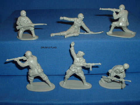 CTS - WW2 Italian Infantry. 1/32 Scale. 12 Figures.