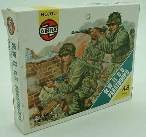 AIRFIX 01751 - WWII U.S. Paratroops - 48 Figures. 1:72 Scale. Pre-owned Vintage