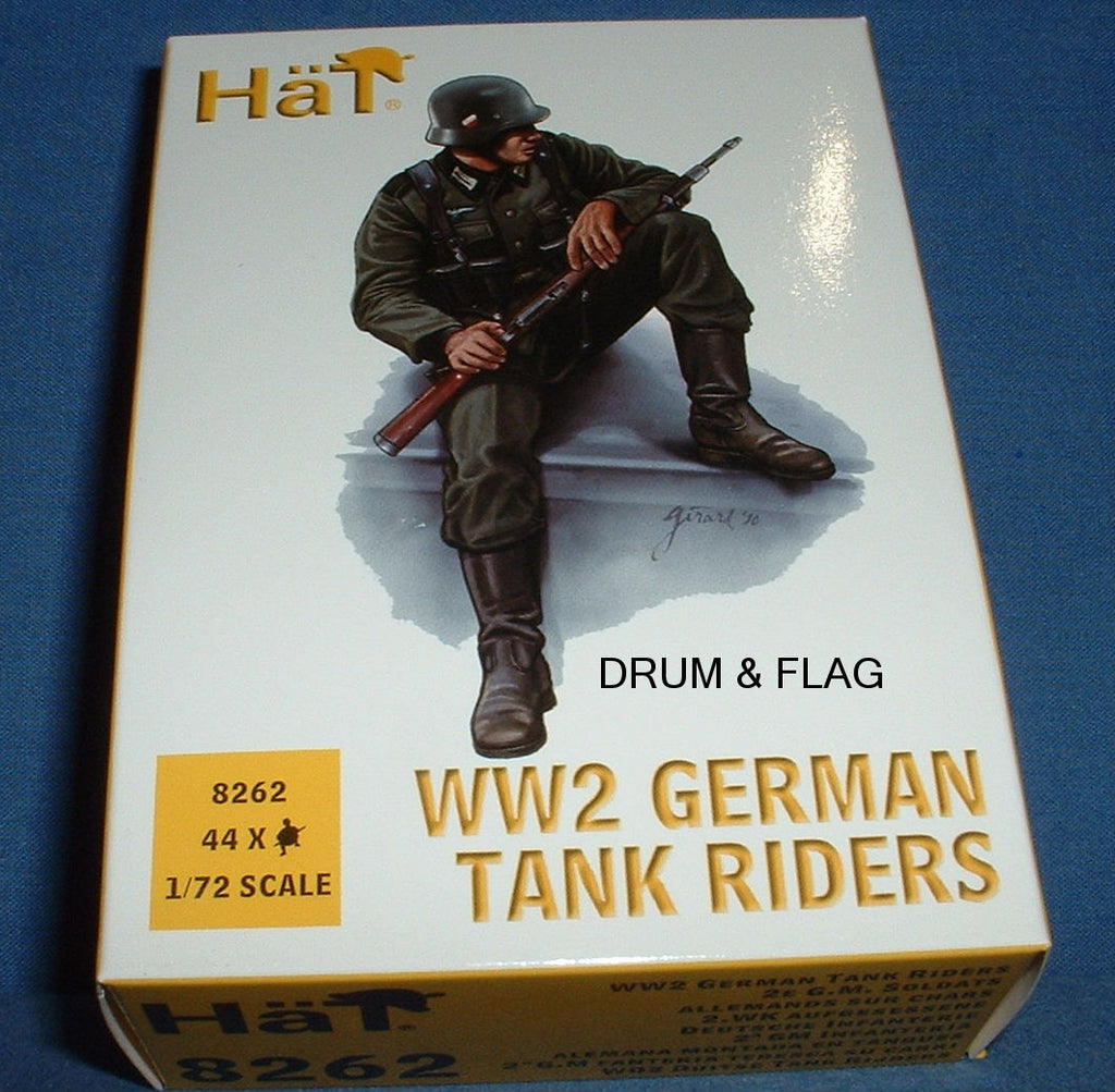 8262. WW2 GERMAN TANK RIDERS. 1/72 SCALE. 44 FIGURES