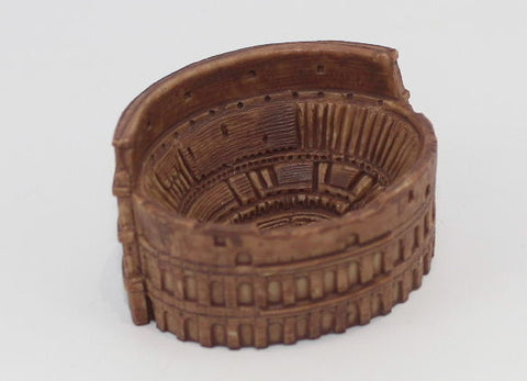 SAFARI LTD - ROMAN COLOSSEUM. FACTORY PAINTED PLASTIC.