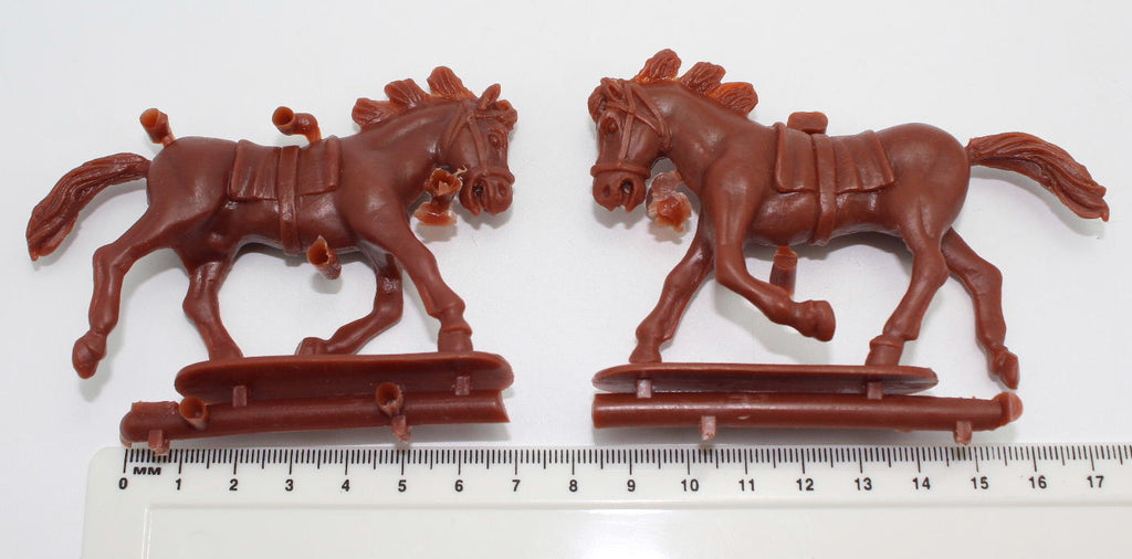 HaT Brown Horses x 2. Punic Wars. 1/32 Scale (54mm) - Used Listing (Z)