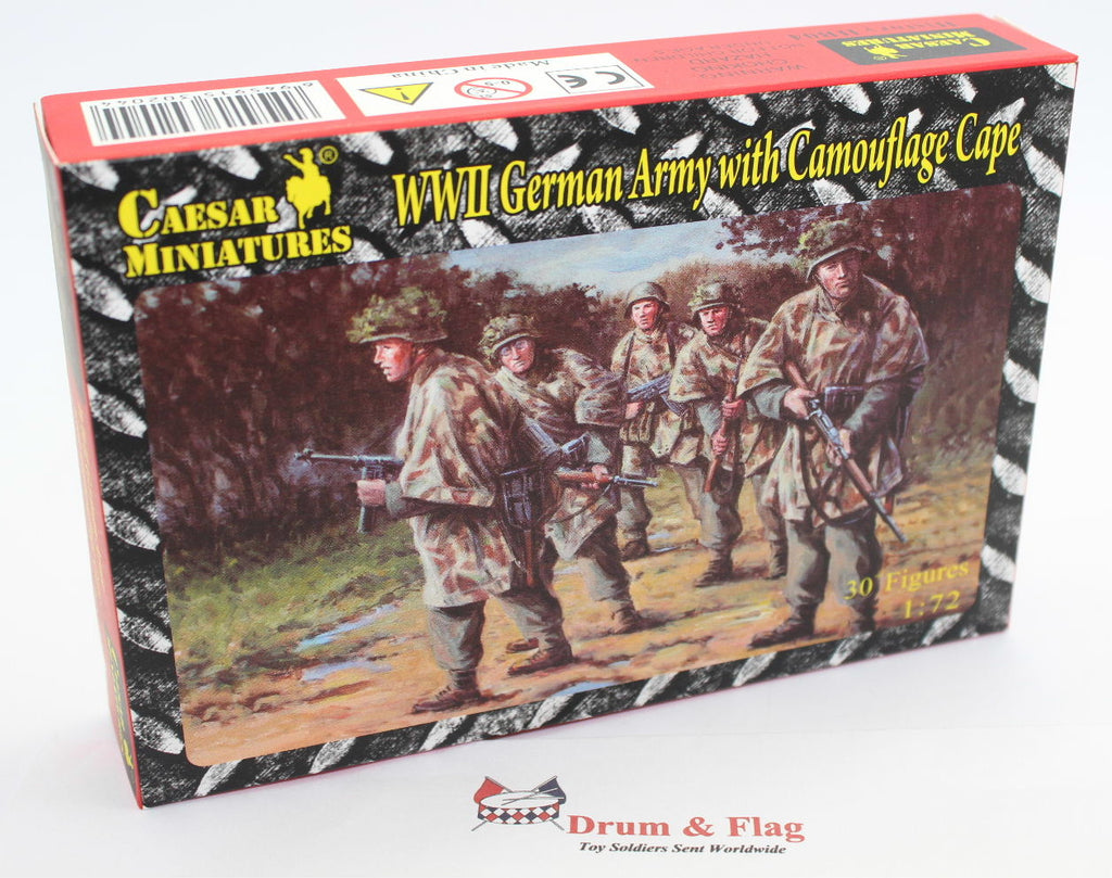 CAESAR #HB04  WWII GERMAN ARMY CAMOUFLAGE CAPES. 30 X 1:72 SCALE
