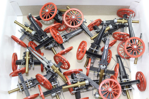 JOBLOT of FAULTY TIMPO 43206 - FIELD GUN. 1:32 SCALE. PLASTIC TOY CANNONS. Please read the description.