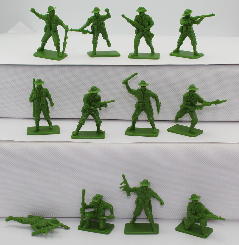 HING FAT WW2 AUSTRALIAN INFANTRY x 12 FIGURES. 1/32 SCALE.