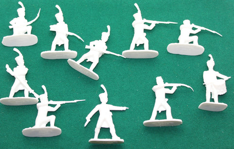 ARMIES IN PLASTIC #5454 - NAPOLEONIC FRENCH INFANTRY - VOLTIGEURS - 1/32 SCALE. WHITE PLASTIC