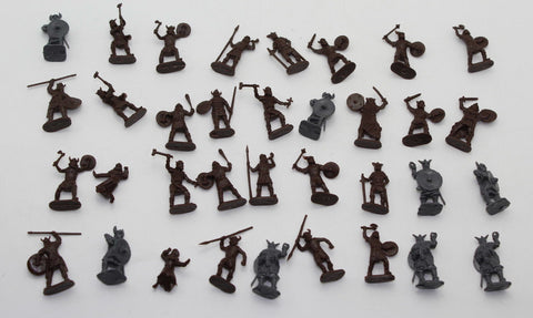 USED - ORION / STRELETS VIKINGS  x36. Used Lot, 1/72 SCALE UNPAINTED PLASTIC. (AW1)