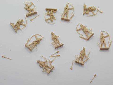 Used - Italeri English Archers HYW. 11 pieces. 1/72 scale (AW25)