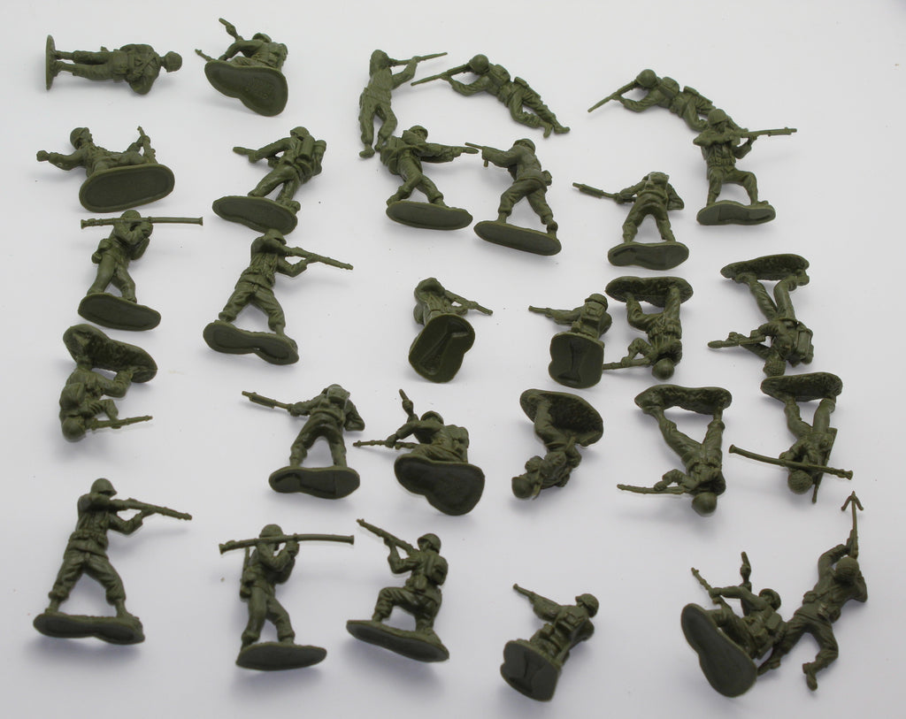 USED LOT. CTS - WW2 American Infantry x 29 figures. 1/32 scale plastic. (BT31)