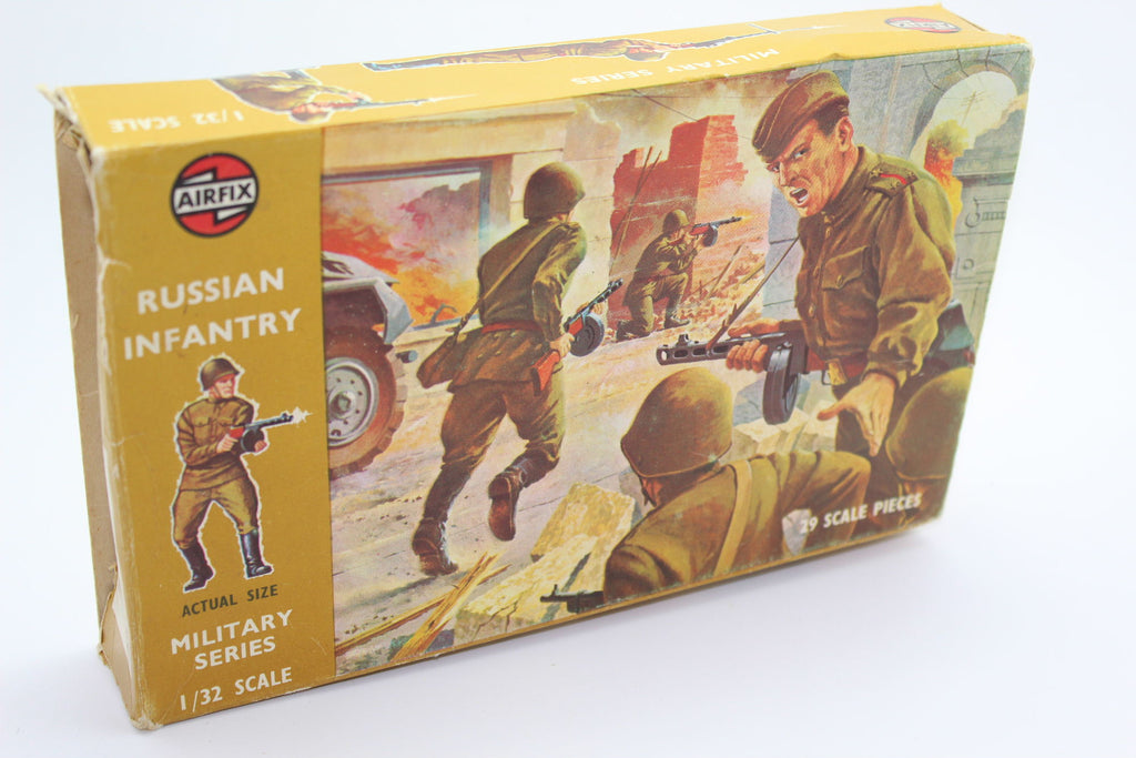 Airfix - WW2 Russian Infantry. 1/32 Scale Plastic. Used. (BT43)