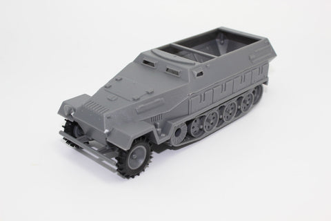CTS (ex Airfix) - WW2 GERMAN HANOMAG. 1/32 Scale. Used Lot. (BT60)