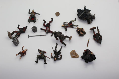 MIXED FIGURE LOT. LORD OF THE RINGS AOME (ARMIES OF MIDDLE EARTH). Used.