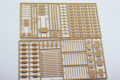 USED. Italeri. WW2 Battlefield Accessories Kit. No Box. 1/72 Scale. (KJ53)