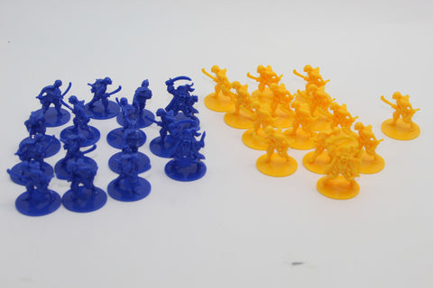 USED - PIRATES x 29. PLASTIC FIGURES. PIRATE BATTLE GAME PIECES - WEAPONS & WARRIORS BY PRESSMAN. (KJ65)