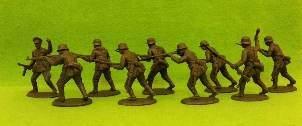 Expeditionary Force GRM01sh - WW2 German Infantry - Rifles Assault Section - 60mm 1/32 Scale