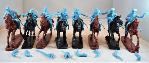 TSSD #24B US CAVALRY HORSES SOLDIERS. LIGHT BLUE PLASTIC. 60mm Unpainted Plastic