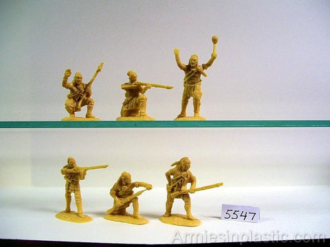 ARMIES IN PLASTIC #5547 - NORTHEASTERN WOODLAND INDIANS SET #1 1/32 SCALE. cream plastic