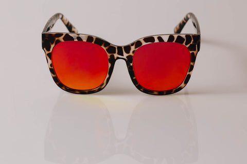 She wolf Oversized - Sunnies
