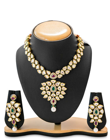 Anushka Necklace Set