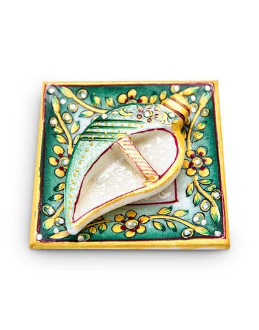 Kumkum rice holder - Conch shape
