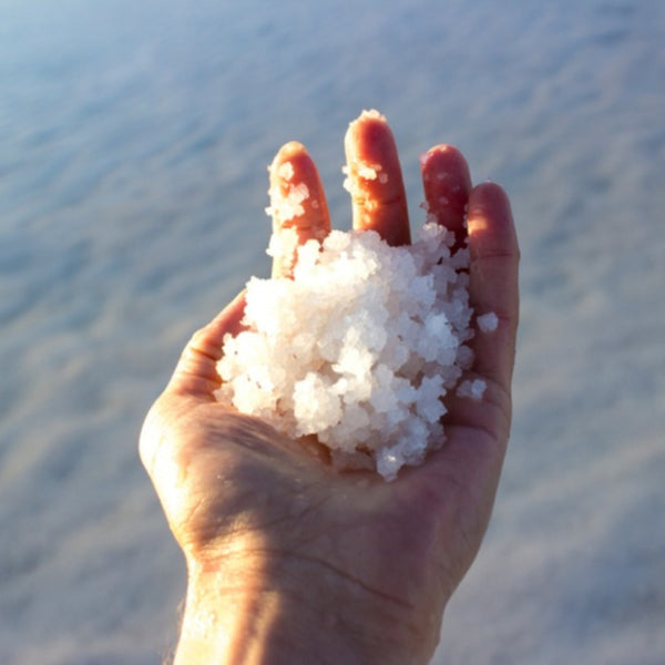 7 Colossal Benefits Of Dead Sea Salt