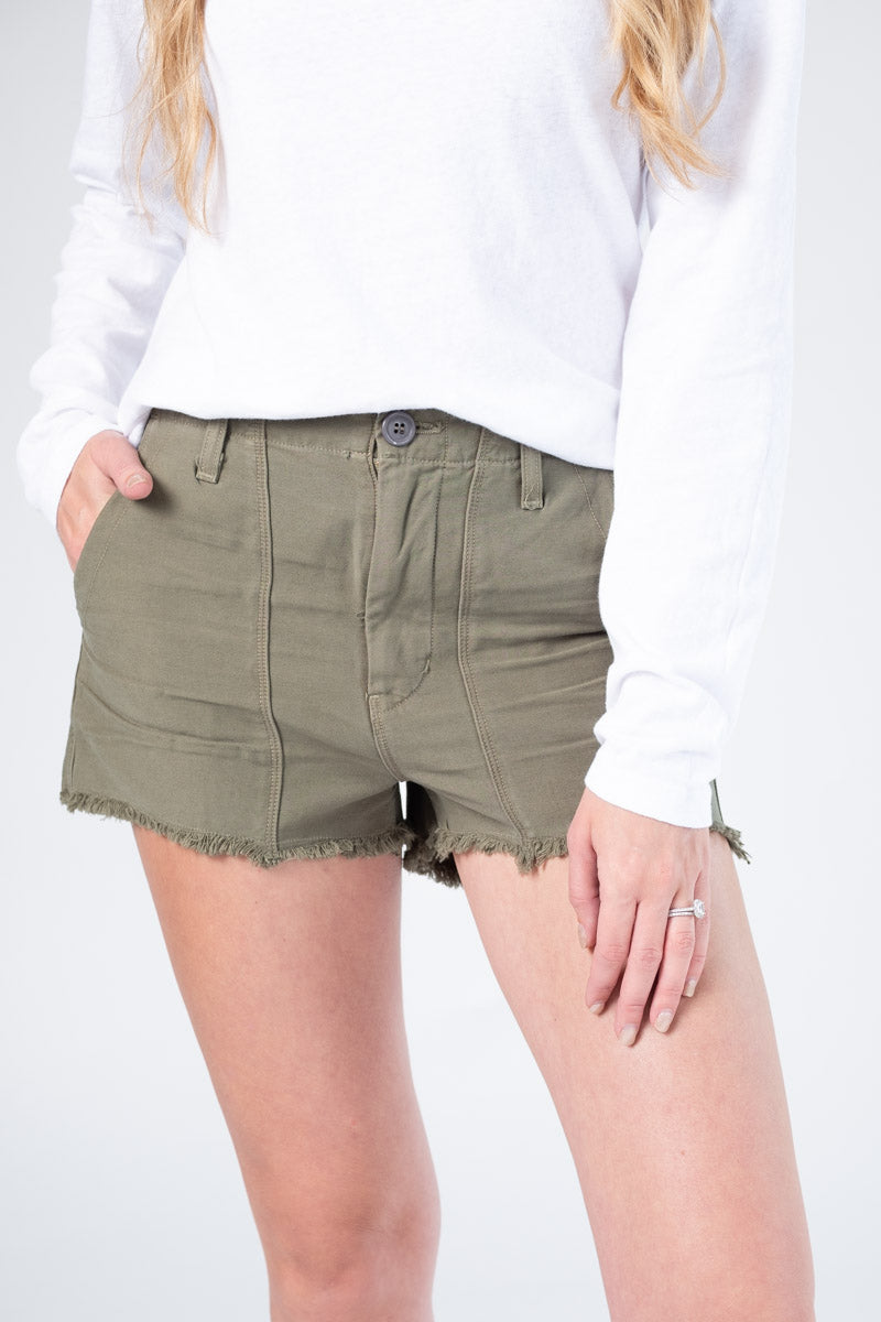 Meghan Frayed Cotton Shorts in Olive