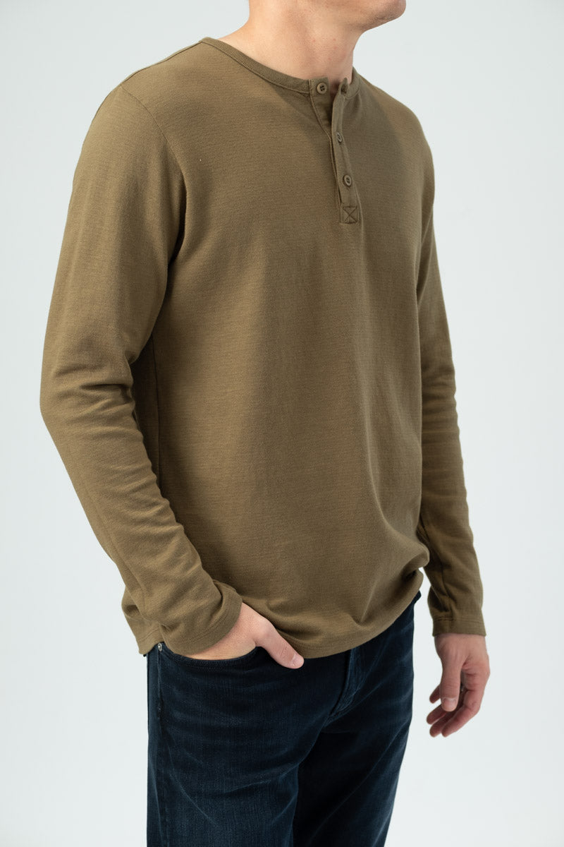 Long Sleeve Henley in Caper