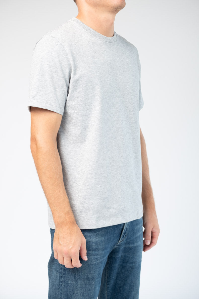 Classic Fit Tee in Gris