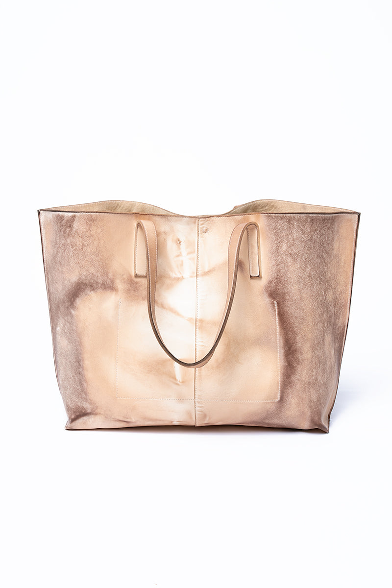 Oversized Leather Tote Bag in Crêpes