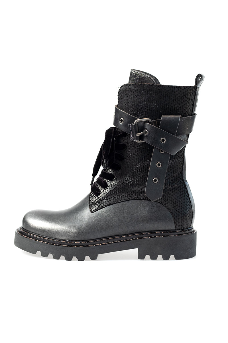 Combat Leather Boot in Metal Sport Argento + Klipper Nero