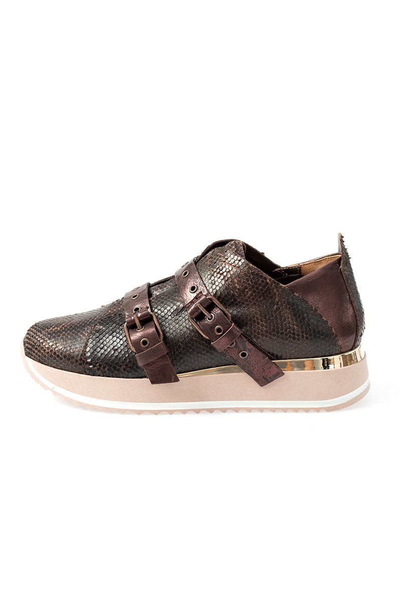 Leather Sneaker in Mirtillo and Metal Wash Castagno with Fur