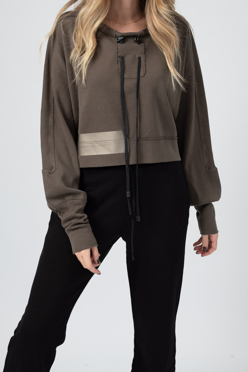 Cropped Cotton Fleece Pullover with Tape in Mud Metal Brown