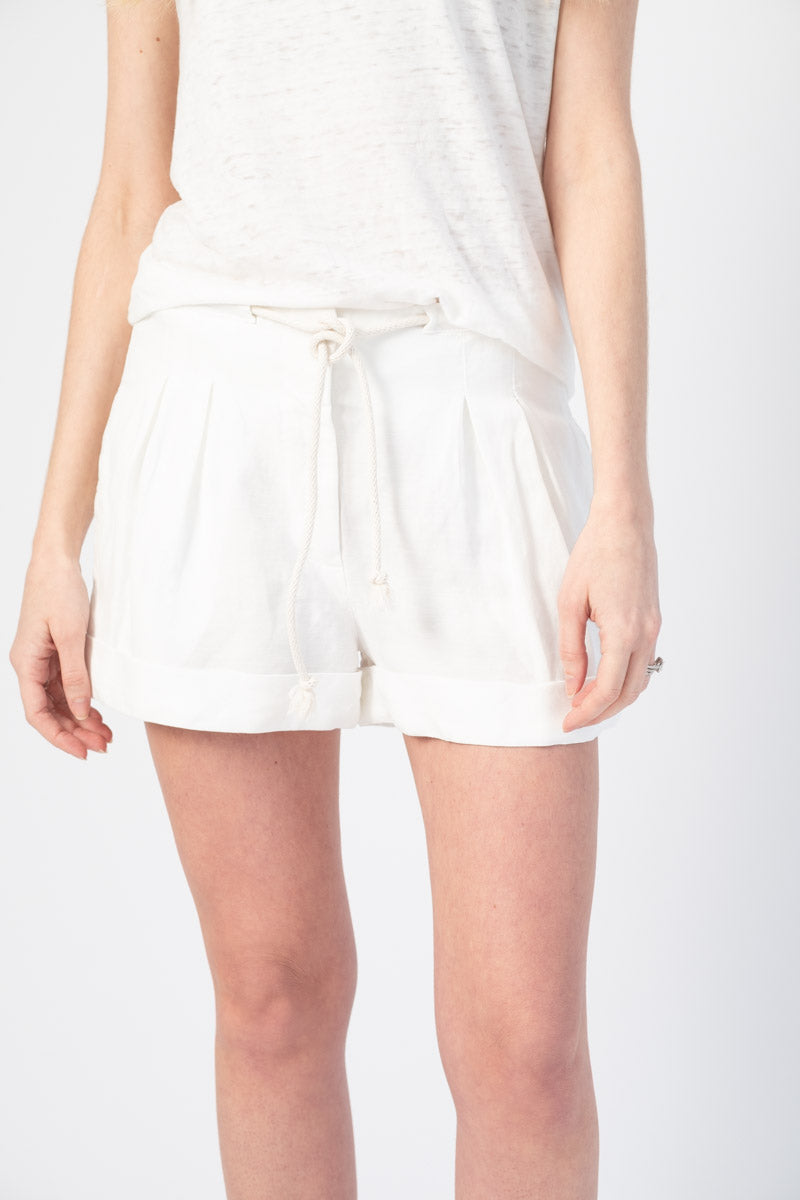 Salma Pleated Shorts in Soft White