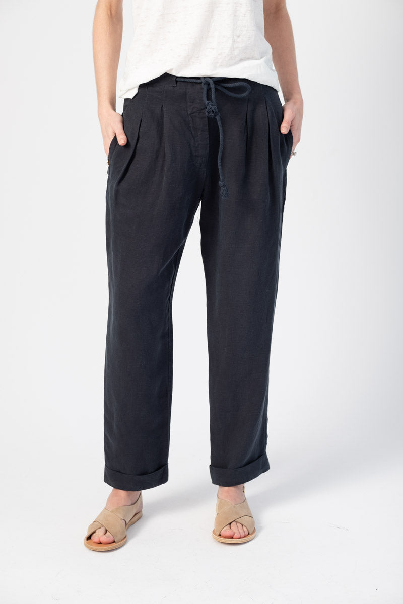 Viola Pleated Pants in Midnight