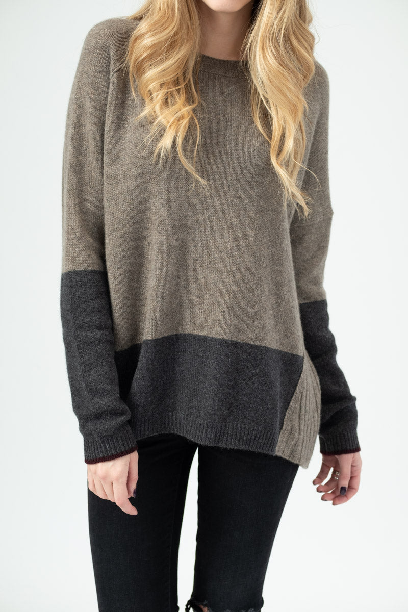 Block Crew Cashmere Sweater in Walnut Charcoal