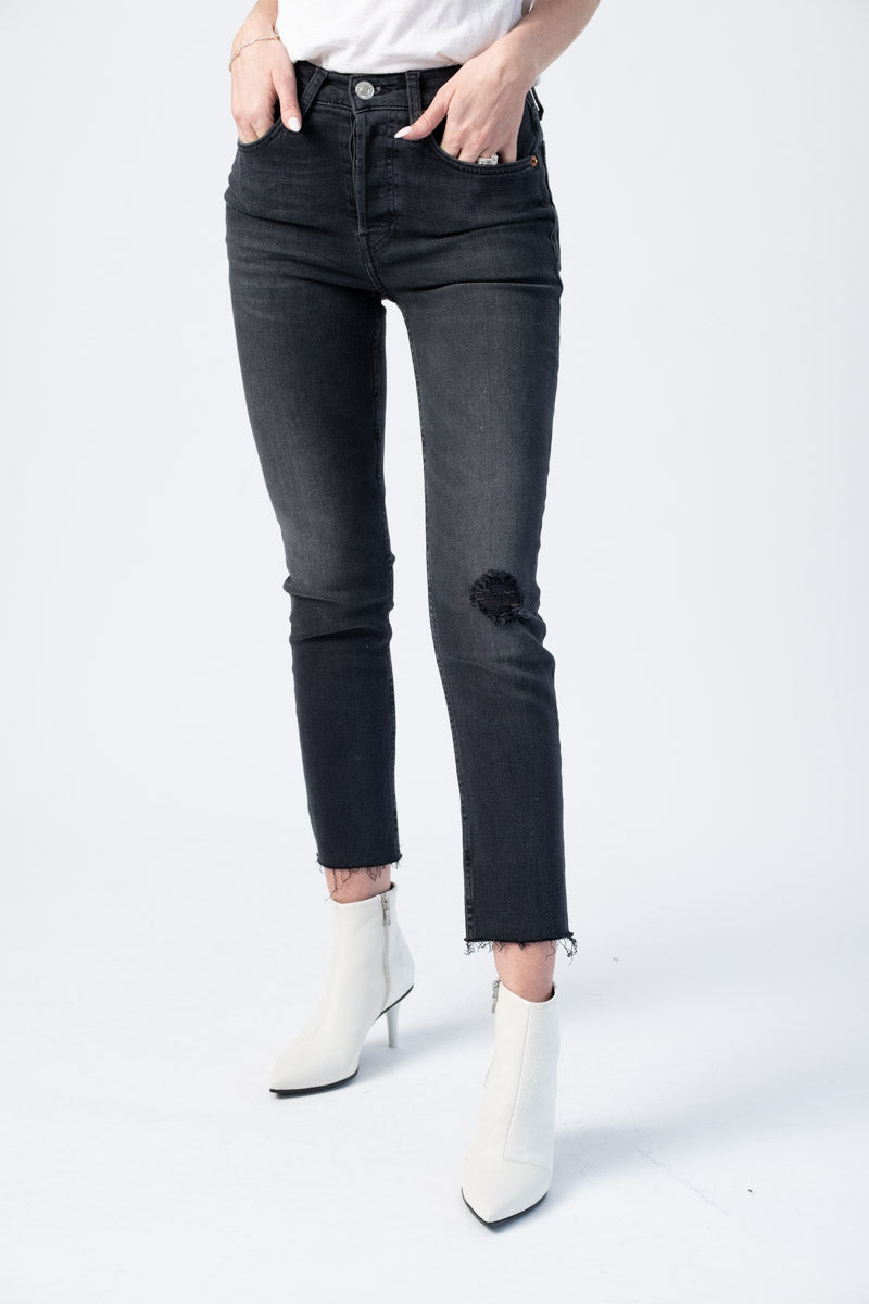 Power Stretch High Rise Ankle Crop in Lived In Black