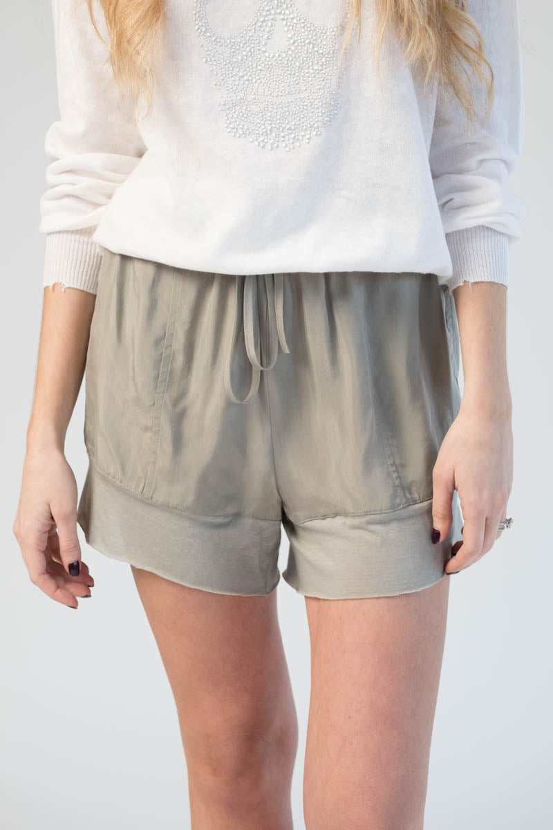 Cupro Shorts in Sand