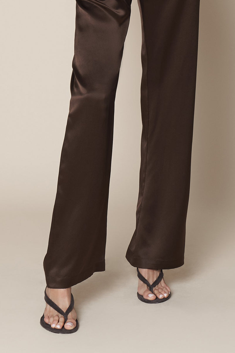 Lynn High Waisted Pant in Chocolate