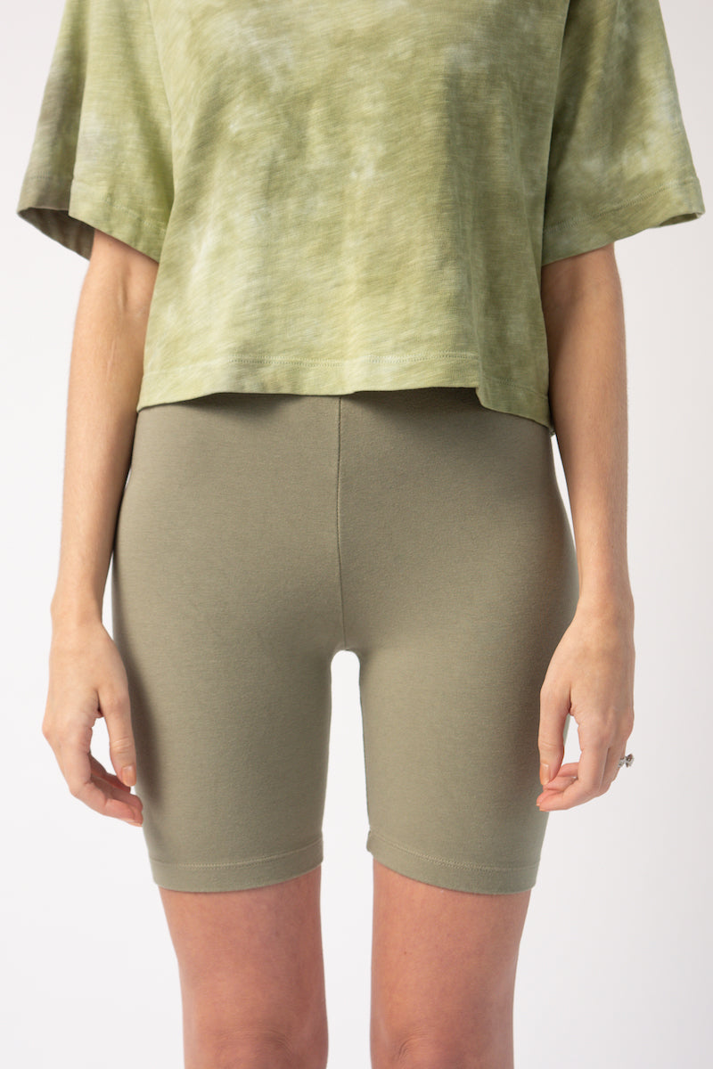 Milan Biker Short in Basil