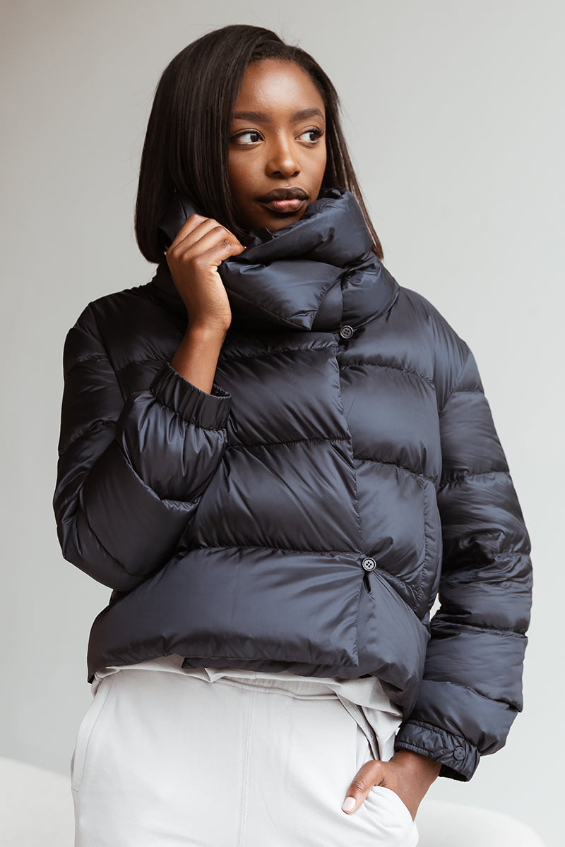 Seiada Puffer Jacket in Navy