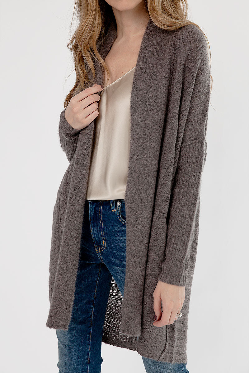 Dreamy Cashmere Cardigan in Musk