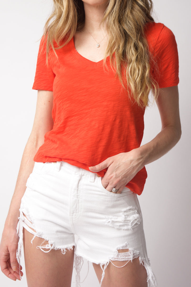 Short Sleeve Classic V-Neck Tee in Grenadine
