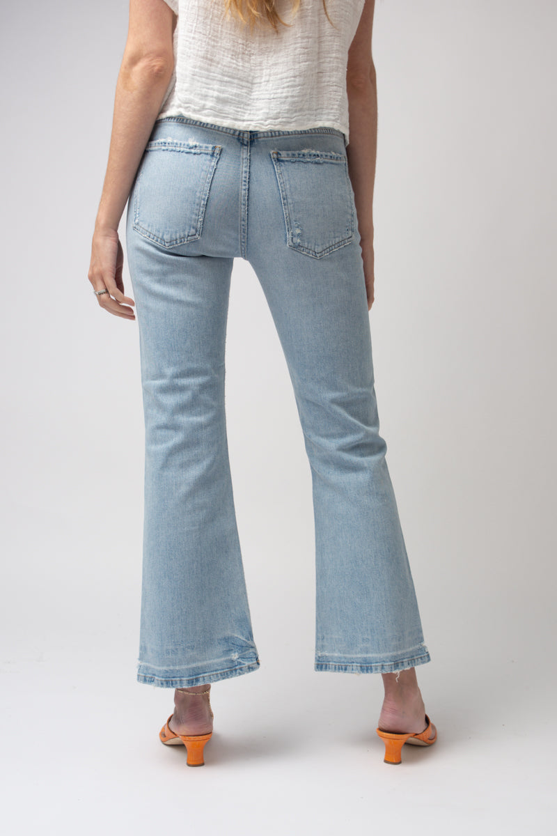 Tailyn Mid-Rise Flare Jeans in Played Out