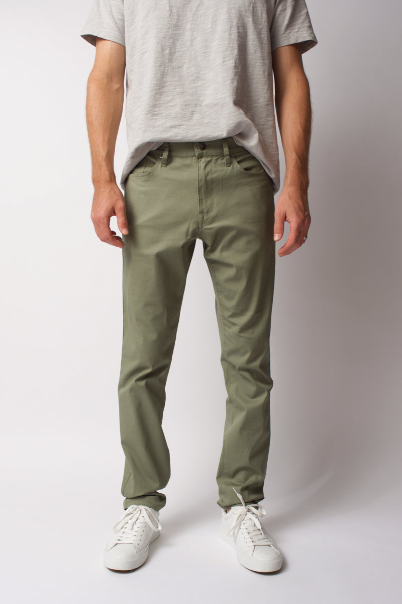 L'Homme Slim Jeans in Deep Army