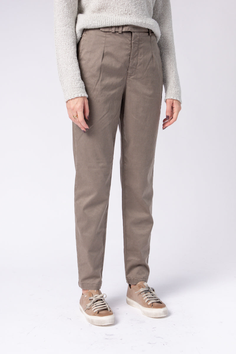 Trouser Pants in Taupe