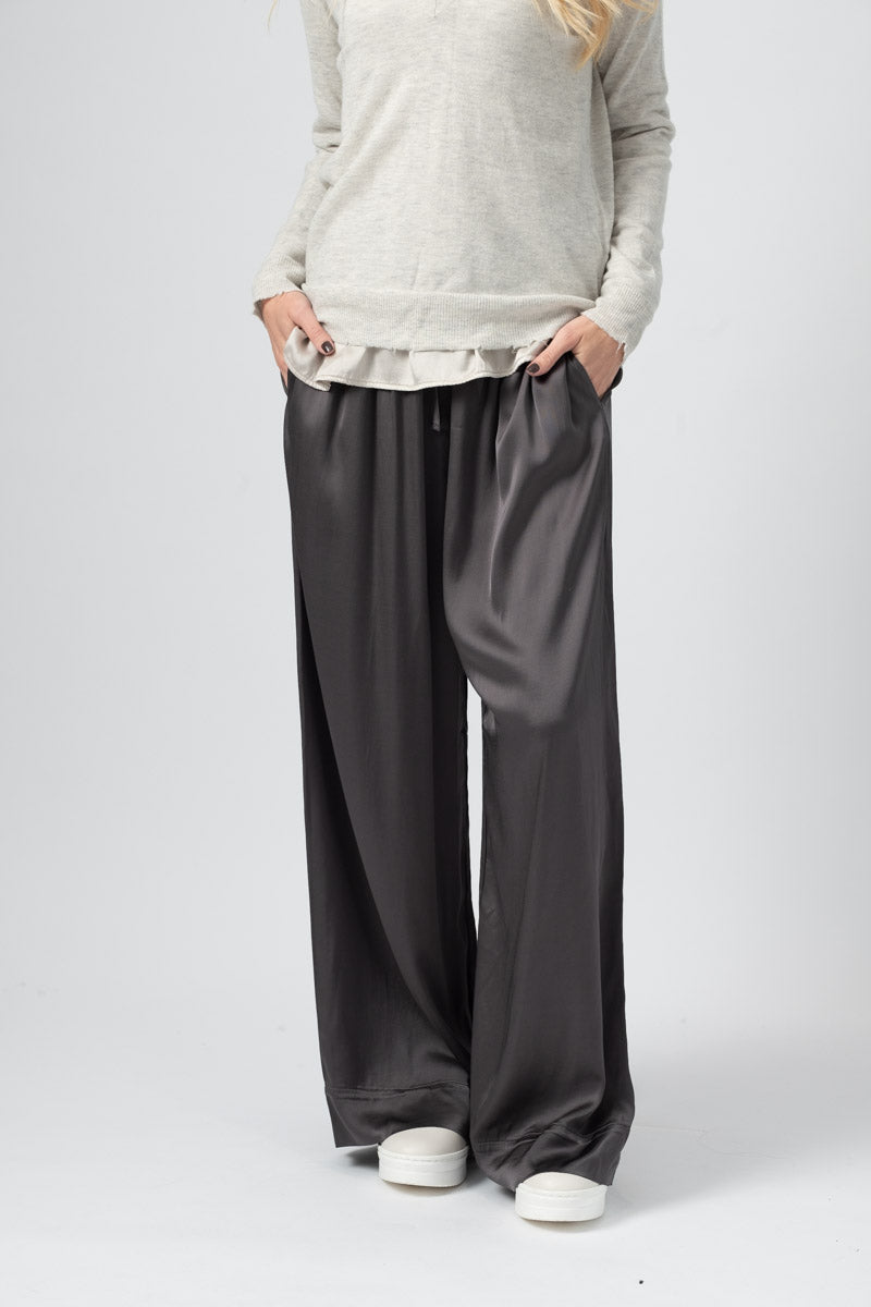 Viscose Trousers in Anthracite