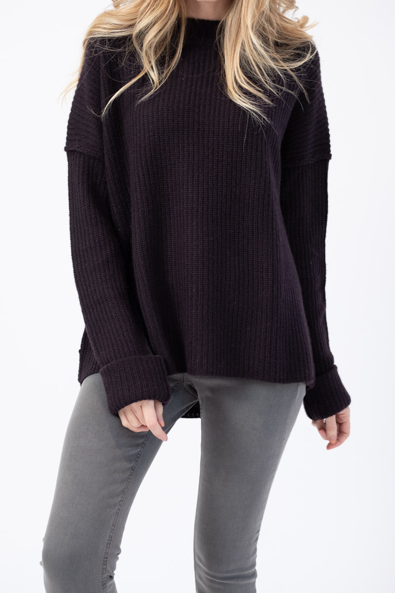 Relaxed Pullover in Plum