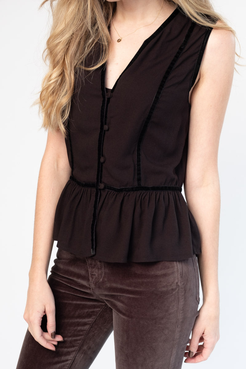 Trim Peplum Sleeveless Top in Noir